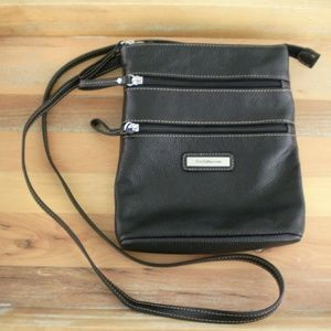 Black Leather Croft & Barrow Mini Cross Body Bag